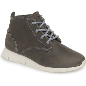 [Kodiak Canada] Gray Chukka Boot